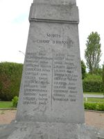 02807 Villequier-Aumont monument aux morts inscription 3 .jpg