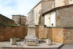 69114 - Liergues-Monument aux morts.jpg