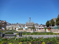 02691 - Saint-Quentin - grand place 01.jpg