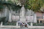 69189 - Sainte-Colombe-Monument aux morts.jpg