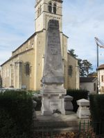 69112 - Lentilly-Monument aux morts.jpg
