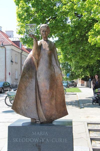 Marie Curie Geneawiki