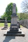 01188 - Illiat-Monument aux morts.jpg
