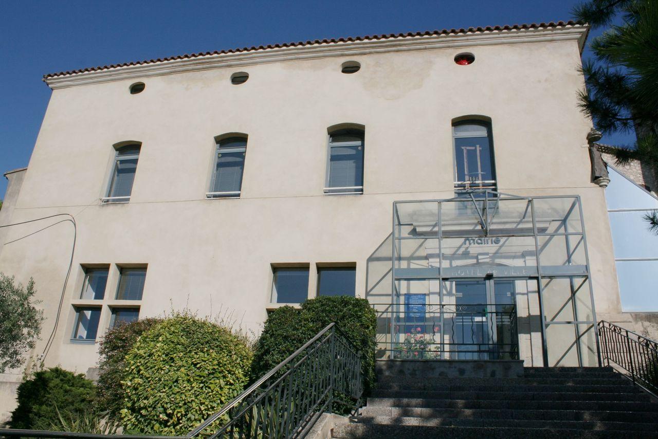 13067 - Orgon-Mairie.jpg