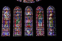 28085 - Chartres - Cathédrale - vitraux 05.jpg