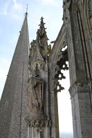 28085 - Chartres - Cathédrale - toits 04.jpg