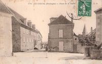 24164 - Excideuil - Place de la Mairie.JPG