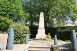 01248 - Mionnay - Monument aux morts.JPG