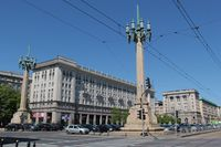 Pologne - Varsovie - place de la constitution.JPG